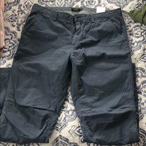Banana Republic Aiden Chino pants size 33x30